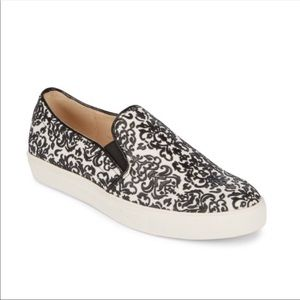 Karl Lagerfeld   Active Textured Slip On Sneakers